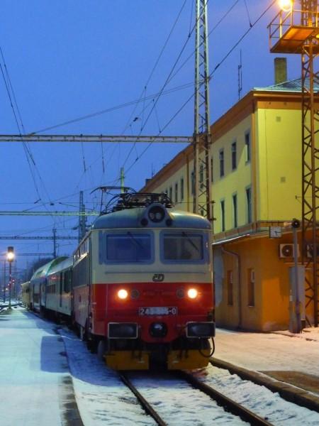 242 235-0, Os 8366, Jihlava, 3.2.2011